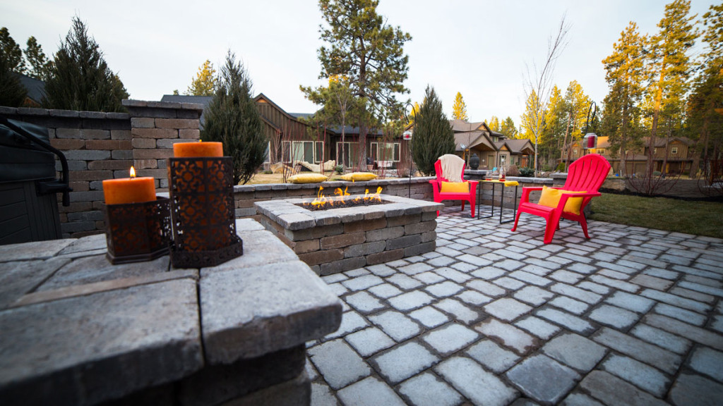 Outdoor-Firepit-BendOregon2-1024x576